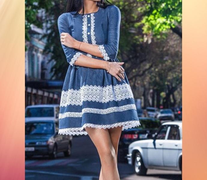 Джинсовые платья с кружевом