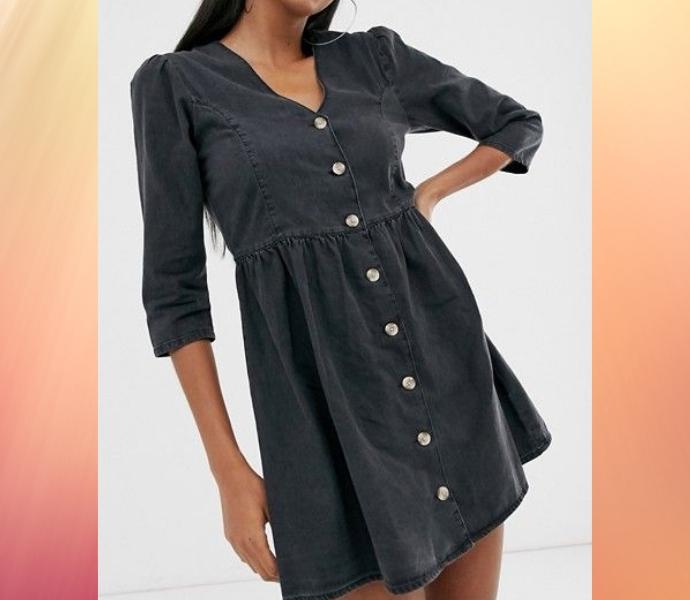 Черное или белое джинсовое платье
