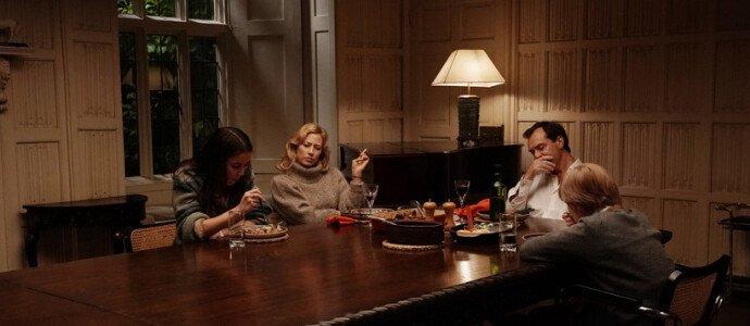 Кадр из фильма Гнездо